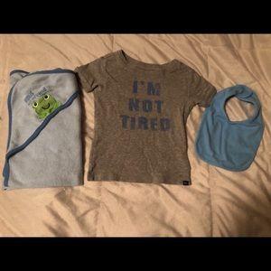 """I'm Not Tired"" Gap Shirt bundle"